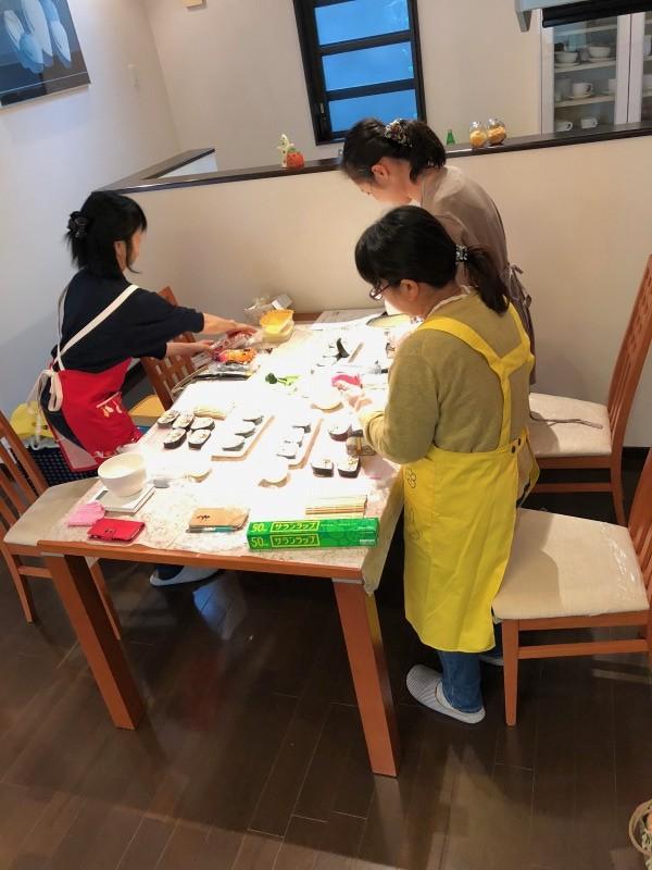 飾り巻き寿司教室(くじらとさくらんぼ)